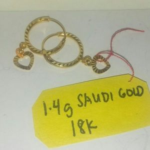 Jewelry - 18 KARATS Saudi REAL GOLD